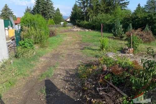Günstiges Fahnen-Grundstück in Trumau mit Baubewilligung für eine Einfamilienhaus