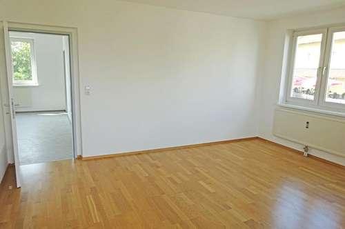 Helle und geräumige 3-Zimmer Wohnung mit Loggia im Zentrum von Katsdorf