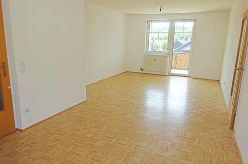 Großzügige 3-Zimmer Wohnung in Treffling