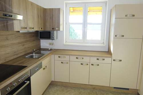 Schöne 2-Zimmer Wohnung mit Loggia