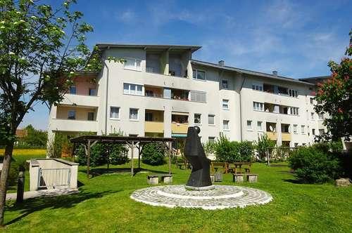 Großzügige 4-Zimmer Wohnung mit großem Balkon