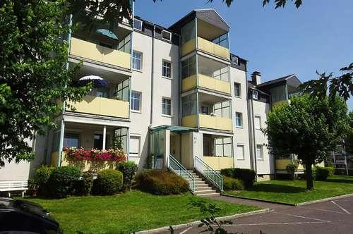 Schöne 4-Zimmer Wohnung mit sonniger Loggia in Mittertreffling