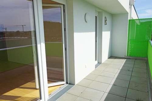Moderne Familienwohnung mit großem Außenbereich