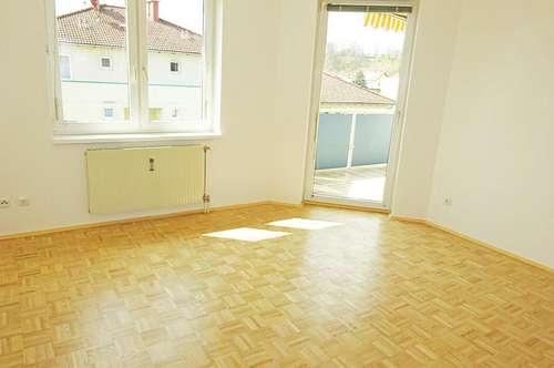 Sonnige 3-Zimmer Wohnung mit großer Loggia