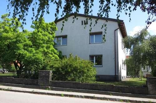 Wohnhaus mit POTENTIAL und vielen MÖGLICHKEITEN! - Auch für Anleger geeignet!