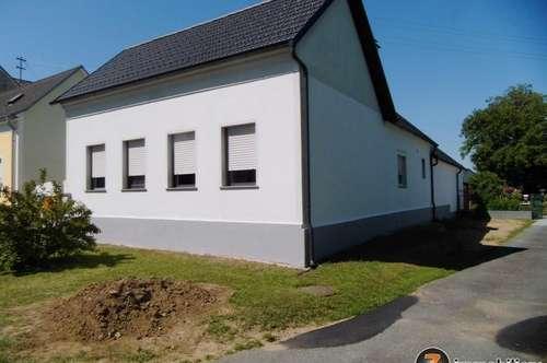Saniertes Bauernhaus in der Uhudler-Weinregion