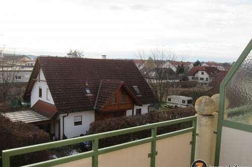Jennersdorf: Zentrale, helle Mietwohnung