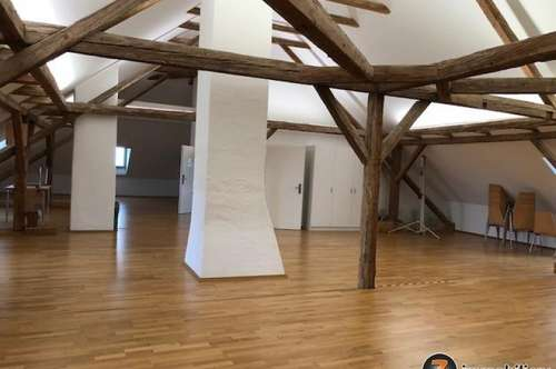 Hornstein: Dachgeschoß für Büro / Praxis zu vermieten