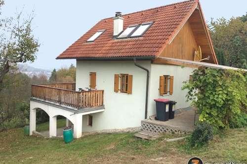 Güssing: Geschmackvolles Haus in Ruhelage und Burgblick, 7.000m² Grund
