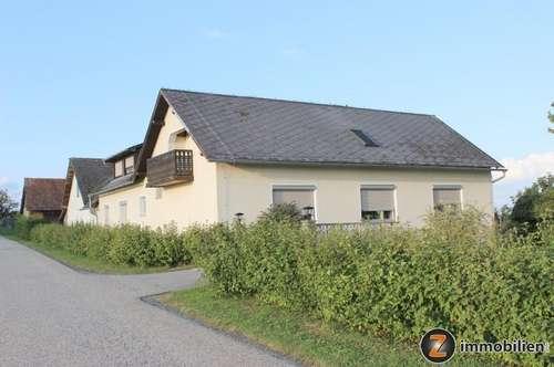 Zweifamilienhaus mit Ausblick!