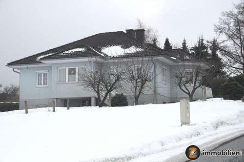 Wunderschönes gepflegtes Einfamilienhaus mit herrlicher Aussicht!