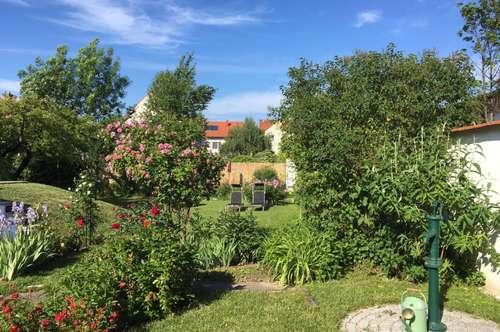 Gepflegtes Haus mit traumhaften Garten im Zentrum von Oberpullendorf!