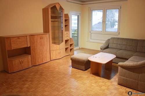 Helle 3-Zimmer Wohnung mit Garage, Balkon und Ausblick auf die Burg Güssing!