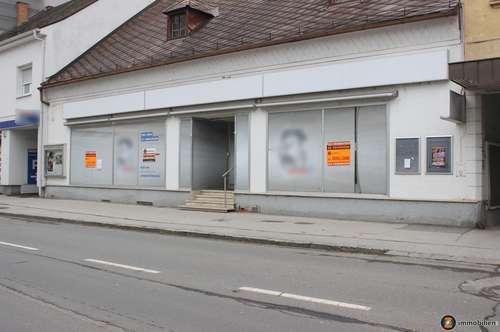 Zentrum Oberwart: Großes Geschäftslokal mit großen Auslageflächen zu vermieten