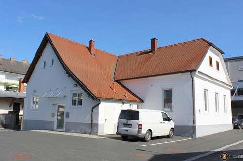 Oberwart: Neuwertiges Bürogebäude im Zentrum mit 10 Parkflächen