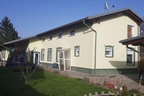 Neuwertiges Ein-Zweifamilienhaus in Wr.Neustadt!
