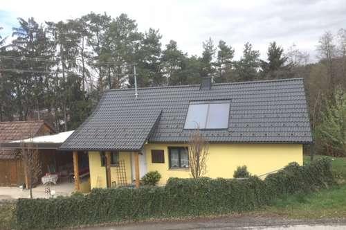Wolfau: Kleines Wohnhaus mit Ausbaumöglichkeit
