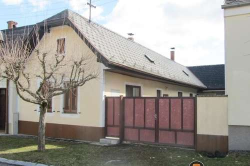 Attraktives Landhaus mit uneinsehbarem Innenhof