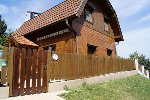 Gepflegtes 3 Zimmer-Romantikhaus mit Donaublick