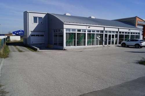 Präsentationshalle - Betriebsstätte