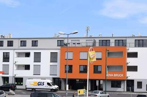 Mitten in der Stadt! ERSTBEZUG - Bürostandort auf 108 m² mit Garten- TOP LAGE