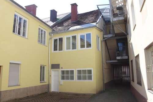 Judenburg, Zinshaus mit Wohn- und Geschäftsräumlichkeiten in der Burggasse