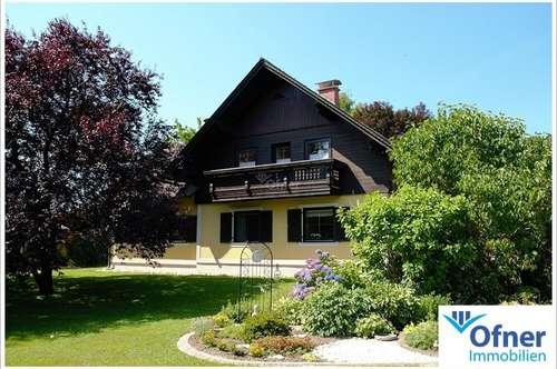 Großzügiges Haus in attraktiver Lage mit zusätzlichem Baugrund