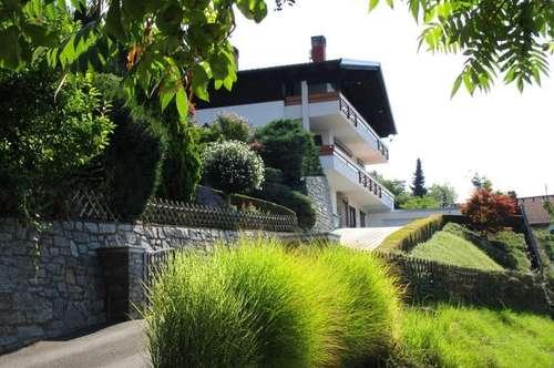 Villa mit unverbaubarem Blick auf den Millstätter See