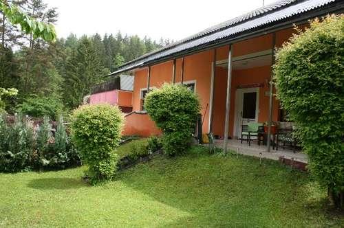 Großes Einfamilenhaus mit 150 m² Werkstatt und ( Lkw, PKW, Boots,) Garage