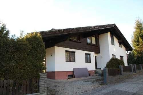 Großzügiges Wohnhaus in Feldkirchen (Nahe Stadtzentrum)