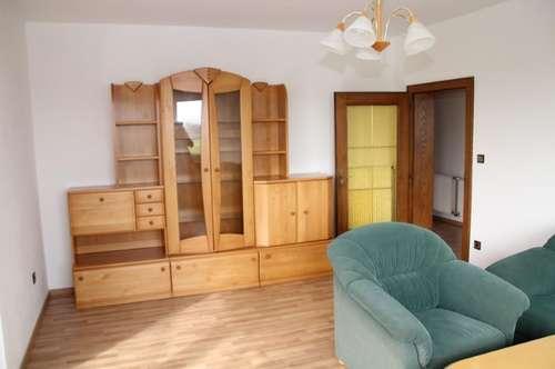 Großzügige Mietwohnung (Saniert) in Strau