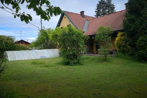 Haus - Rarität mit parkähnlichen Grund in Uninähe