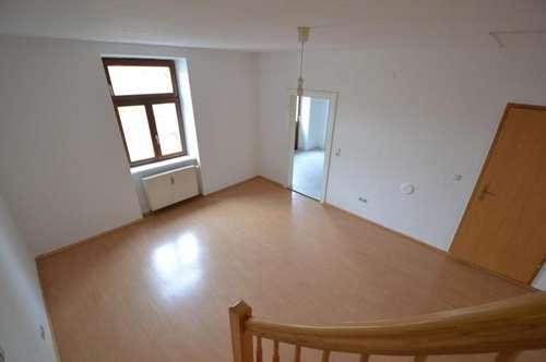 1. Monat Mietfrei - PROVISIONSFREI für den Mieter - Zentrumsnah - 76m² - 3 Zimmer - WG-Fähig auf 2 Etagen - Balkon