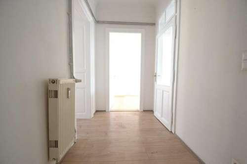 PROVISIONSFREI für den Mieter - 66 m² - Neuwertige 2-Zimmer-Altbauwohnung nähe Zentrum - schöner Innenhofbalkon