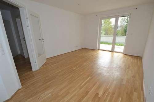 PROVISIONSFREI - Ries - 51m² - 2 Zimmer - große Terrasse - neuwertig - inkl. TG Platz