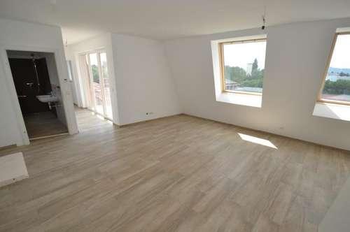Jakomini - 58m² - 2 Zimmer Pärchenwohnung - Westbalkon - herrliche Aussicht - inkl. Parkplatz