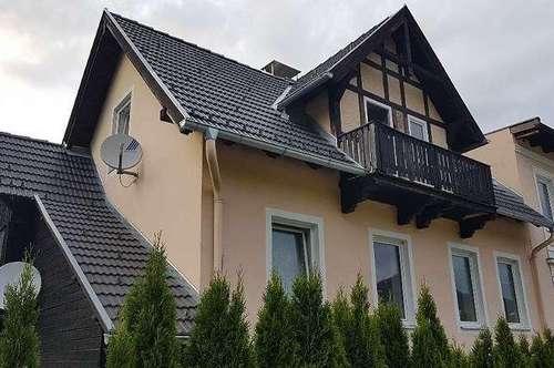 Gloggnitz/Aue: Wunderschöne Maisonettewohnung mit Gartenbenützung in toller Lage direkt am Auebach