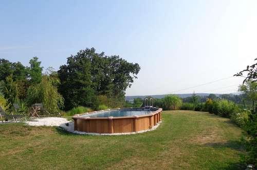 Idyllisches Baugrundstück mit Pool in Aussichtslage - Stadtbergen