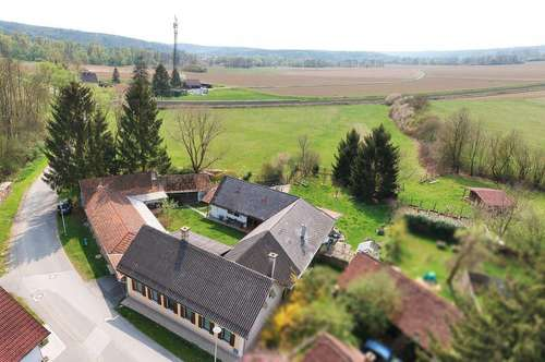 Idyllisches Landhaus im Vierseithof-Stil in Mogersdorf