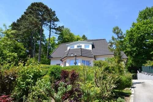 Exklusive Villa mit Panoramablick in absoluter Ruhelage