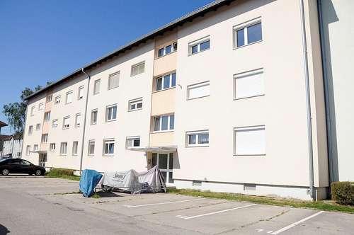 MIETVERGNÜGEN - 2-Raum Wohnung mit Loggia und Parkplatz
