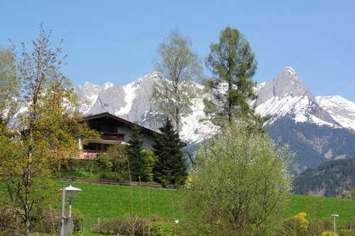 HERRLICHER AUSBLICK ÜBER WIESEN & BERGE - PRIVATES AMBIENTE IN HERRLICHER RUHELAGE - GEHWEITE INS STADTZENTRUM - MIETE: Garten-/ Terrassenwohnung in Bischofshofen- Ski amadé