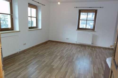GEMÜTLICHES WOHNEN IN ABSOLUTER RUHELAGE - IDYLLE IN SONNENLAGE - MIETE: 4 Zimmer Gartenwohnung in Ortsteil von St. Veit/Pg. - Ski amadé