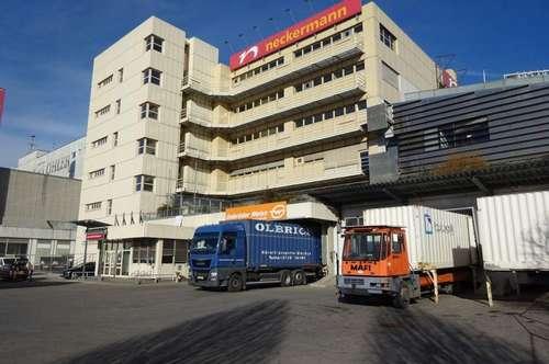 Zentrale Lagerhalle in einem Grazer Büro- & Logistikcenter