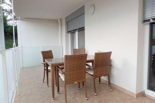 Exklusive 2-Zimmer-Neubauwohnung mit großem Balkon und Tiefgaragenabstellplatz in bester Lage nähe Hilmteich