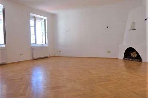 Exklusive 3-Zimmer-Luxuswohnung im Palais mit Traumaussicht über die Dächer von Graz