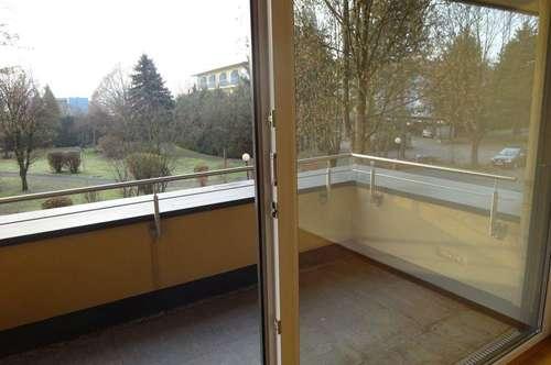 Großzügige Wohnung am Grazer Stadtrand mit großem Balkon und Terrasse