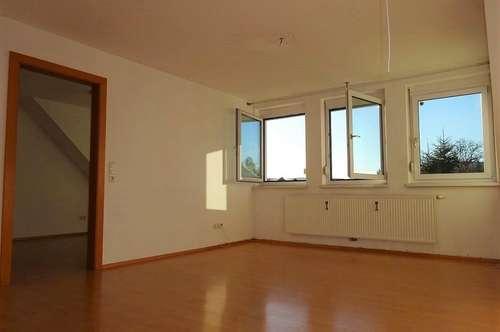 Schöne sonnige 3-Zimmer-Wohnung in zentraler Lage