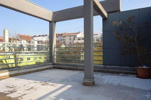 Einzigartige Bürofläche mit großer Dachterrasse in frequentierter, zentraler Lage unweit des Grazer Hauptbahnhofs