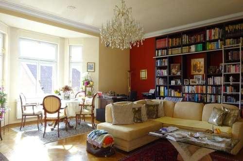 PROVISIONSFREI - Wunderschöne gepflegte und sehr zentrale 2-Zimmer-Altbauwohnung mit innenhofseitigem Balkon